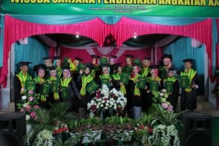 Pelaksanaan Wisuda XX STKIP Muhammadiyah Sungaipenguh Tahun Akademik 2016/2017